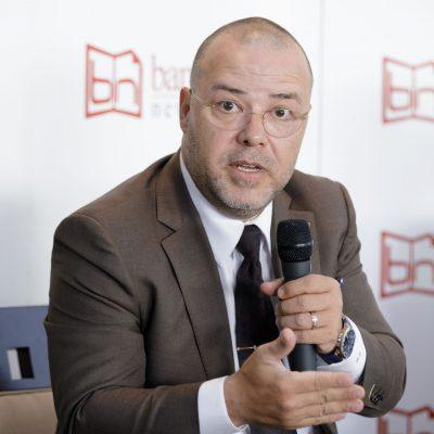 """Florin Dănescu: """"Trebuie să facem din obiectivul creșterii gradului de intermediere financiară o temă națională. Vorbim 99% din timp despre politică și numai 1% despre economie. Probabil că dacă o să echilibrăm vocea politică cu vocea economică o să avem cu toții numai de câștigat!"""""""