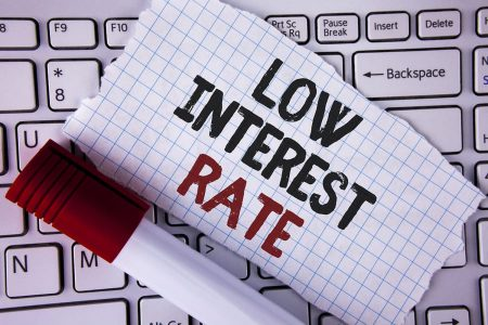IRCC scade, ce urmează? Dobânzile creditelor rămân scăzute. Firmele și populația se vor împrumuta mai ieftin