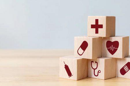 Raiffeisen Bank, împreuna cu partenerul său UNIQA, oferă online produse de asigurare în caz de accident, spitalizare sau afecțiuni grave