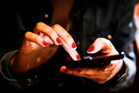 În premieră pentru România, ING Bank oferă o variantă virtuală pentru toate tipurile de card, disponibile direct din Home'Bank
