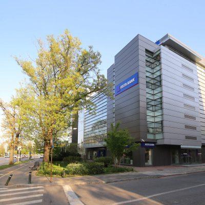 Vista Bank a finalizat achiziția Crédit Agricole România, după ce a primit aprobările din partea BNR și Consiliului Concurenței. Când se încheie fuziunea și ce trebuie să știe clienții Crédit Agricole