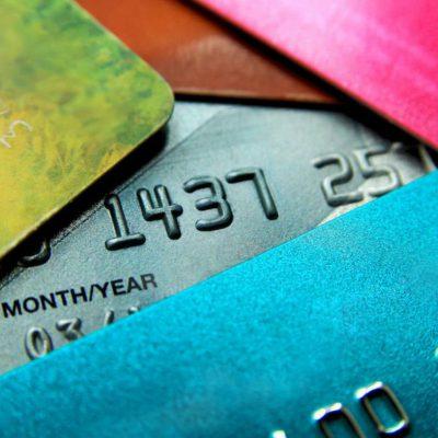 BNR: avem în piață peste 16 milioane carduri de debit și aproape 2.900.000 carduri de credit