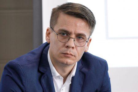 Criza ne rânjește viclean de după perdeaua de fum a pandemiei! Cât de aproape este România de o bulă imobiliară și cum se raportează băncile la acest pericol?