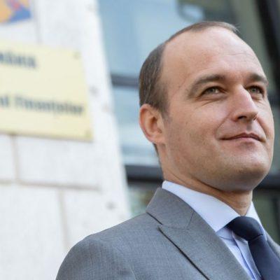 Dan Vâlceanu: Fondul de Garantare a Asiguraţilor poate efectua plăţi la 60 de zile de la retragerea licenţei City. Statul nu se ştie dacă fondurile deţinute de FGA sunt suficiente, încă se plătesc bani din falimentele anterioare