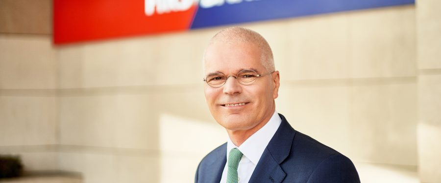 În primul semestru din 2021, First Bank a realizat un profit net de peste 10 milioane de euro. Henk Paardekooper: Continuăm să fim aproape de clienți prin investiții în digitalizare și oferind soluții de primă clasă