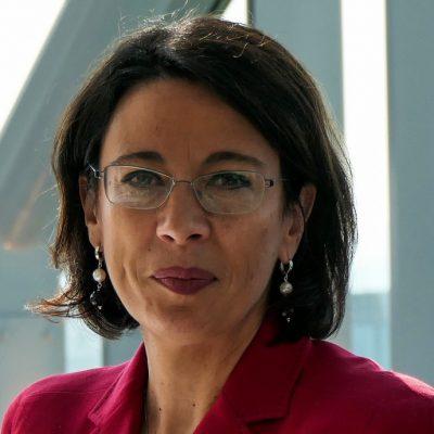 """UniCredit Bank a fost recunoscută de către publicația CFI drept Best Social Impact Bank în Europa pentru al doilea an consecutiv. Roberta Marracino: """"Asigurăm un parcurs corect către o economie și o societate din ce în ce mai incluzive și durabile"""""""