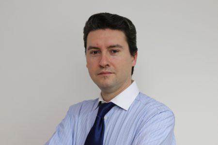 Cum ar putea evolua creditarea din România în condițiile noilor realități? Prof. univ. dr. Bogdan Căpraru explică care sunt principalele provocări și riscuri pentru bănci