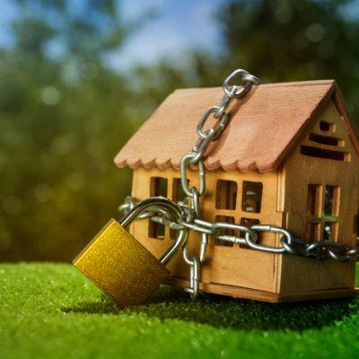 Banca Națională vrea să frâneze avântul creditării ipotecare din pandemie, stabilind de la 1 ianuarie 2022 un nou avans minim la împrumuturile pentru investiții imobiliare